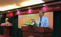 Phó Thủ tướng Trương Hoà Bình gặp mặt các chiến sỹ cách mạng bị địch bắt tù đày