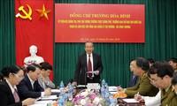 Phó Thủ tướng Trương Hòa Bình thăm và làm việc với Tổng Cục Quản lý Thị trường
