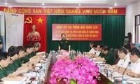 Bộ trưởng Bộ Quốc phòng Đại tướng Ngô Xuân Lịch làm việc tại Vùng 4 Hải quân