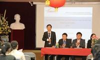 Sinh viên Việt Nam tại Pháp tăng cường hoạt động hướng về đất nước