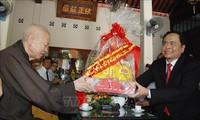 Chủ tịch Ủy ban Trung ương Mặt trận Tổ quốc Việt Nam chúc mừng lễ Phật đản tại tỉnh Quảng Trị