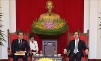Trưởng ban Kinh tế Trung ương Nguyễn Văn Bình tiếp Thống đốc Ngân hàng Hợp tác Quốc tế Nhật Bản