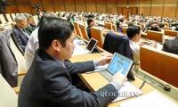 """Kỳ họp thứ 7 - Quốc hội khóa XIV: Lần đầu tiên triển khai """"Quốc hội điện tử"""""""