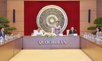 Chủ tịch Quốc hội Nguyễn Thị Kim Ngân gặp mặt đoàn đại biểu Đội quân tóc dài tỉnh Bến Tre