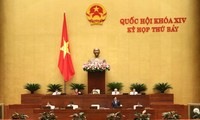 Quốc hội tiếp tục chất vấn nội dung cuối và thảo luận về một số dự án Luật