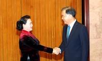 Chủ tịch Quốc hội Nguyễn Thị Kim Ngân hội kiến Chủ tịch Chính hiệp Trung Quốc Uông Dương