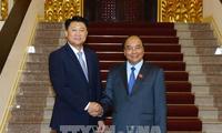 Нгуен Суан Фук принял начальника Национального агентства полиции Республики Корея