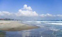 เปิดตัวชายหาดแห่งแรกในจังหวัดฟุกุชิมะหลังเหตุแผ่นดินไหวและคลื่นสึนามิ