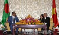 ผู้นำนครโฮจิมินห์ให้การต้อนรับประธานาธิบดีบังคลาเทศ