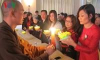 พุทธศาสนิกชนชาวเวียดนามที่อาศัยในสาธารณรัฐเช็กจัดเทศกาลวูลาน