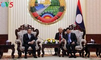 นายกรัฐมนตรีลาวให้การต้อนรับคณะผู้แทนระดับสูงของกระทรวงการคลังเวียดนาม