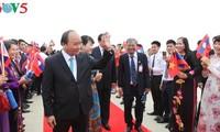 นายกรัฐมนตรีเวียดนามเริ่มการเยือนประเทศลาวอย่างเป็นทางการ