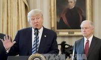 ประธานาธิบดีสหรัฐแสดงความยินดีต่อการที่ศาลสูงสุดอนุญาตให้ปฏิบัติกฤษฎีกาจำกัดการเข้าเมือง