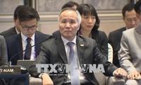 การประชุมรัฐมนตรีเศรษฐกิจอาเซียนอย่างไม่เป็นทางการหารือเกี่ยวกับมาตรการผสมผสานเข้ากับกระแสภูมิภาค