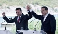 กรีซและมาซิโดเนียลงนามข้อตกลงครั้งประวัติศาสตร์เกี่ยวกับการเปลี่ยนชื่อประเทศ