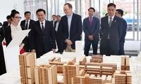รองนายกรัฐมนตรีเวืองดิ่งเหวะเข้าร่วมโครงการเจ้าหน้าที่บริหารระดับสูงของเวียดนาม