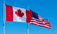 ผู้นำสหรัฐและแคนาดาเจรจาผ่านทางโทรศัพย์เกี่ยวกับปัญหาทางการค้าและเศรษฐกิจ