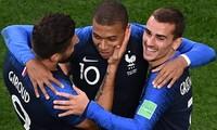 """""""ฝรั่งเศส - โครเอเชีย"""" ผ่านเข้ารอบชิงชนะเลิศฟุตบอลโลก2018"""