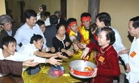 Food distributing and Seal issuance ceremonies honor Tran dynasty national hero