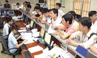 Customs sector urged to focus on its main tasks in 2013