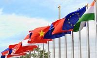 Vietnam strengthens international integration in 2017
