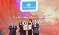 Vietnam Airlines listed in Vietnam's top 10 enterprises
