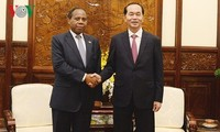President Tran Dai Quang receives outgoing Mozambique ambassador