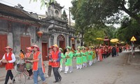 Pho Hien folk cultural festival takes place in Hung Yen
