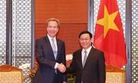 WEF President: Vietnam's economy to grow 7%