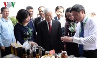 Party leader: Vietnam National University of Agriculture needs to strengthen research
