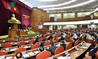 Party Central Committee's 8th session enters 3rd working day
