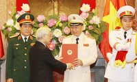 Senior public security, defense officers receive rank of General