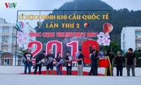 2nd international air balloon festival opens in Moc Chau