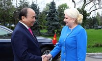 Welcome ceremony held for PM Nguyen Xuan Phuc in Bucharest