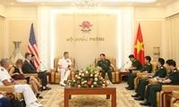 Defence Minister meets USINDOPACOM Commander