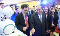 First national forum on Vietnamese tech firms opens in Hanoi
