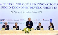 Prime Minister attends science, technology, innovation meeting