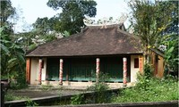 Ancient Ruong house needs urgent protection