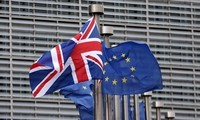 艰难寻求对英脱欧协议的共识