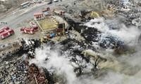 中国江苏省盐城市的一家化工厂发生爆炸,导致130多人死伤