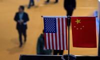 美国总统特朗普警告对中国商品加征关税   中方宣布将奉陪到底
