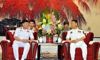 越南人民海军高级干部代表团访问中国