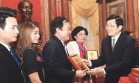 President Truong Tan Sang hails contribution of SMEs