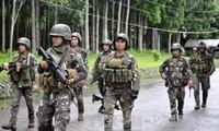 Presidente de Filipinas propone dialogar con los grupos rebeldes en Marawi