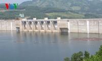 Parlamento vietnamita analiza proyecto de Ley de Irrigación