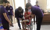 Sillas de ruedas de Israel dan esperanza a niños discapacitados en Vietnam