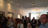 Inauguran en Holanda una exposición de pinturas sobre la belleza de Vietnam