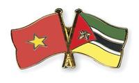El primer ministro mozambiqueño visita Vietnam