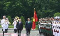 Conversaciones de alto nivel Vietnam-Hungría