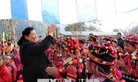 Vicejefa legislativa de Vietnam continúa su visita de trabajo en Dien Bien